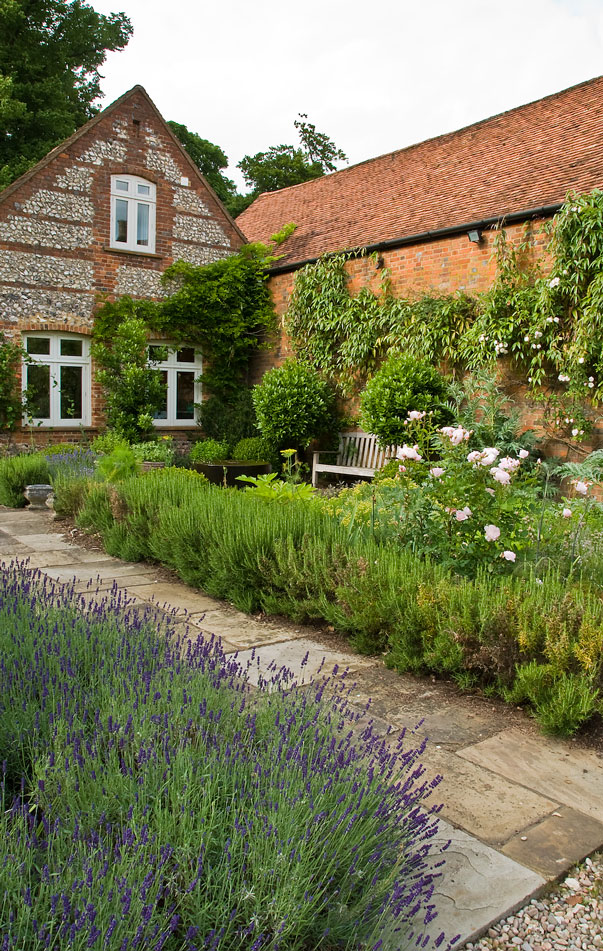 Acres Wild Georgian Grandeur Lavender