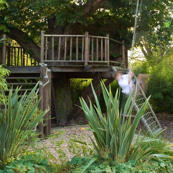 Acres Wild Willows and Water Tree House