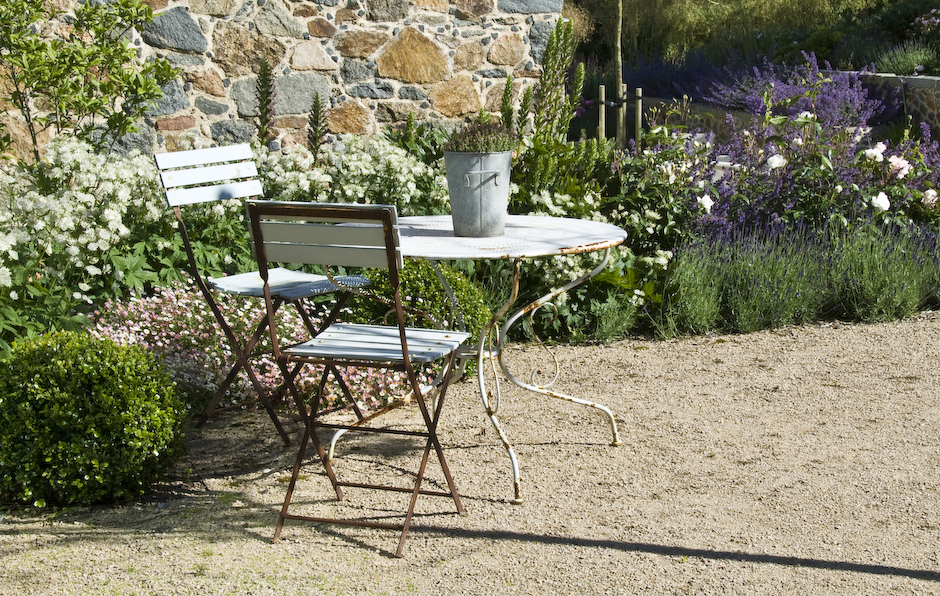 Acres Wild Guernsey Garden Bistro Seating