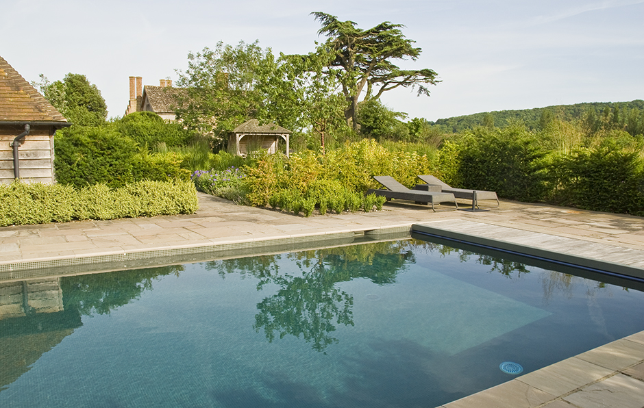 Acres Wild Rural Retreat Pool