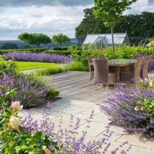 Acres Wild Surrey Serene Patio