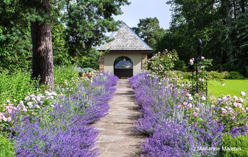 Acres Wild Edwardian Elegance Walkway